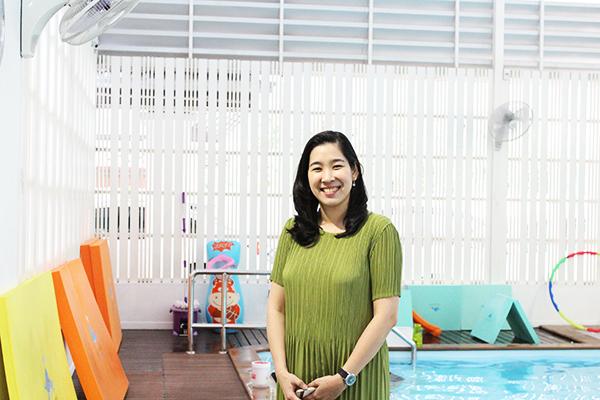 日本ならではの仕事の流儀を活かして、子どものためのスイミングスクールを運営。(ニュウさん)「私と日本」vol.12のメイン画像